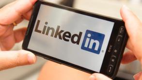 """"""" SOURCING """" : Les bonnes pratiques pour recruter via Linked In"""
