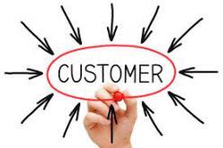 Les enjeux de la relation client à l'heure du digital : 2 cas client dans le secteur finances et immobilier