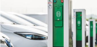 Quelle infrastructure de charge choisir pour mes véhicules électriques ?