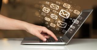 Pourquoi faut-il mettre l'e-mailing au cœur de sa stratégie sur les médias sociaux ?