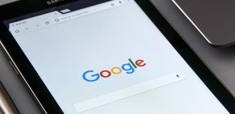 Réduisez votre dépendance aux marketplaces : découvrez Google Shopping pour votre marque (avec Google et SteerFox)