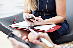 « CRM embarqué sur mobile et tablettes : est-ce que ça marche ? quels sont les usages concrets pour les PME ? »