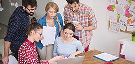 Quels avantages à travailler en association ?