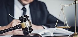 Un juriste, pourquoi faire ? Introduction à l'analyse juridique dans les opérations