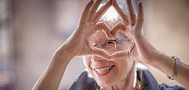 Communiquer auprès des seniors : une stratégie gagnante !